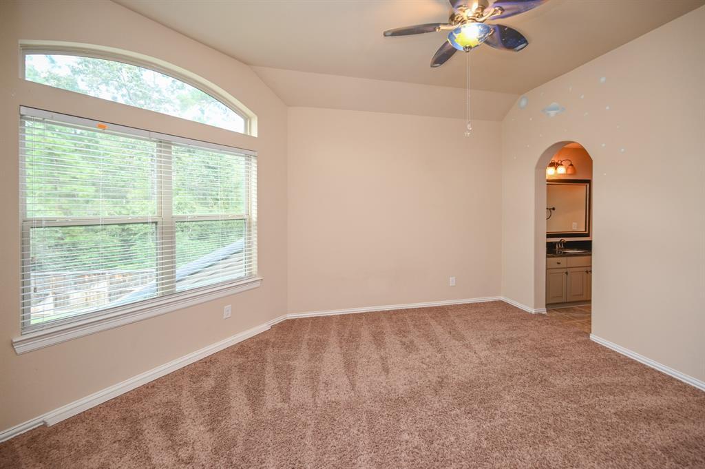 Pending | 34018 Mill Creek  Way Pinehurst, TX 77362 46