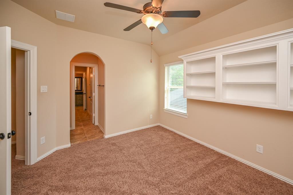 Pending | 34018 Mill Creek  Way Pinehurst, TX 77362 50
