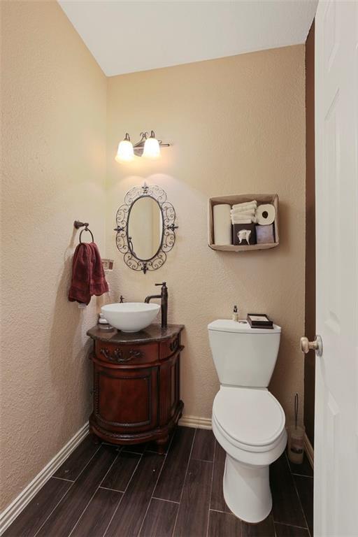 Sold Property | 3918 Azure  Lane Addison, TX 75001 16