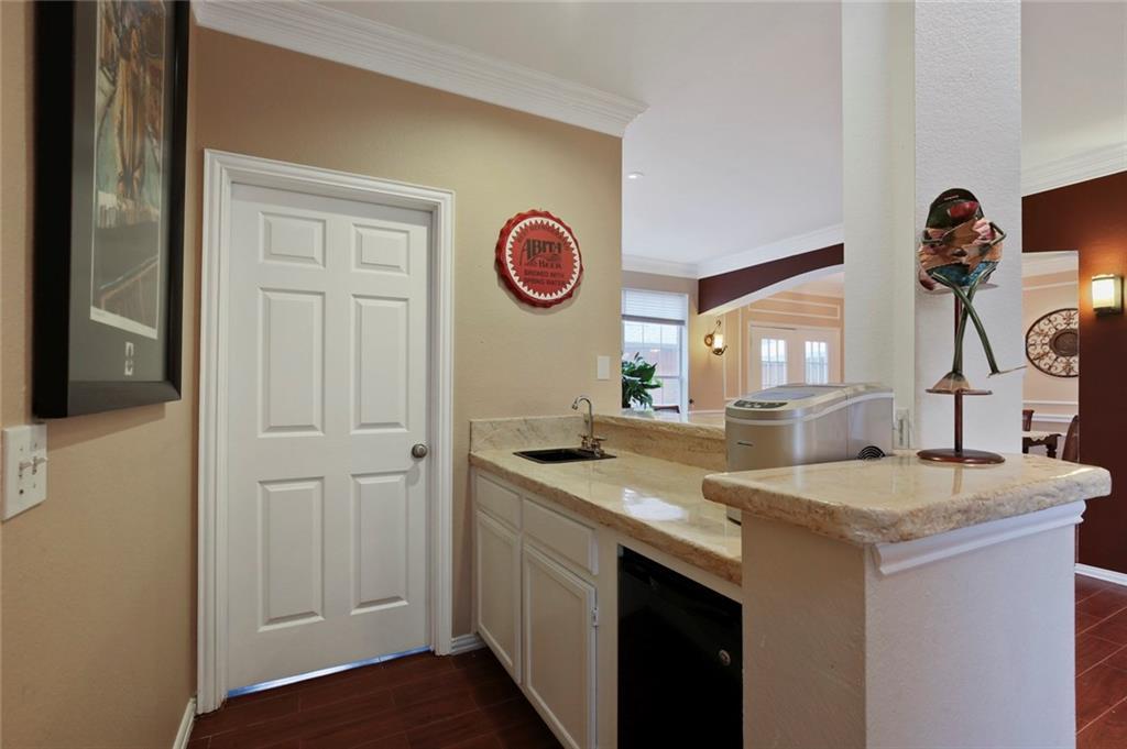 Sold Property | 3918 Azure  Lane Addison, TX 75001 17