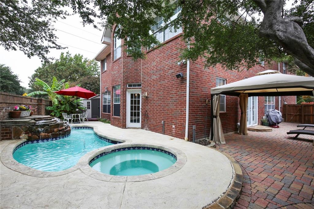 Sold Property | 3918 Azure  Lane Addison, TX 75001 6