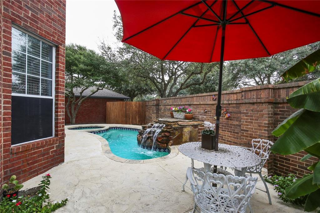 Sold Property | 3918 Azure  Lane Addison, TX 75001 7