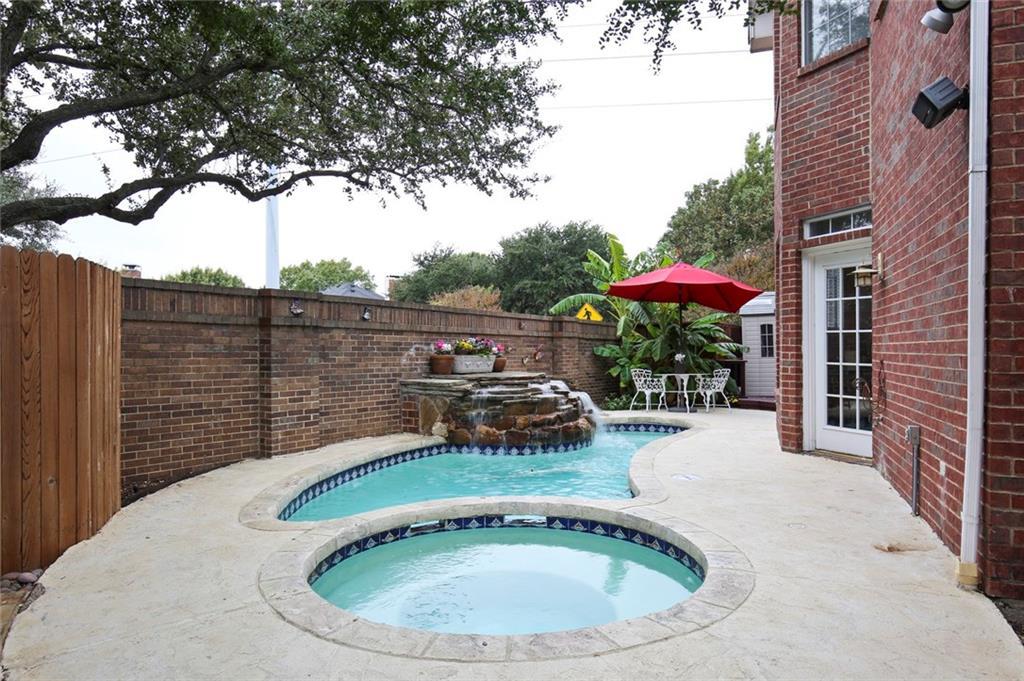 Sold Property | 3918 Azure  Lane Addison, TX 75001 8
