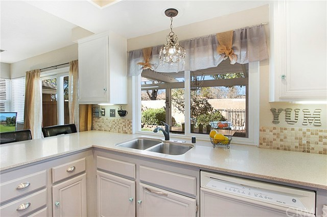 Closed | 19 Calle Alimar  Rancho Santa Margarita, CA 92688 13