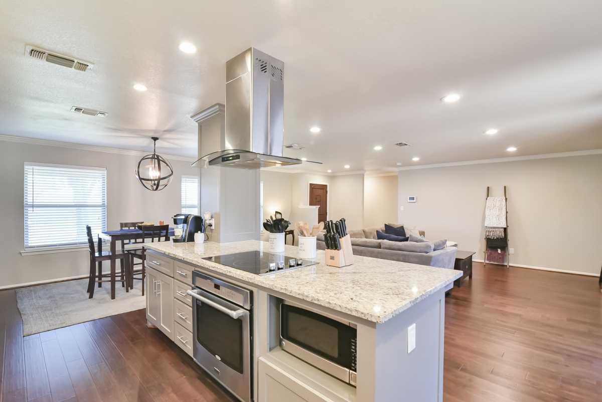 Fort Worth Homes for Sale, Ridglea Hills, Ridglea Elementary Homes, South Fort Worth Homes | 6813 Valhalla RD Fort Worth, TX 76116 4
