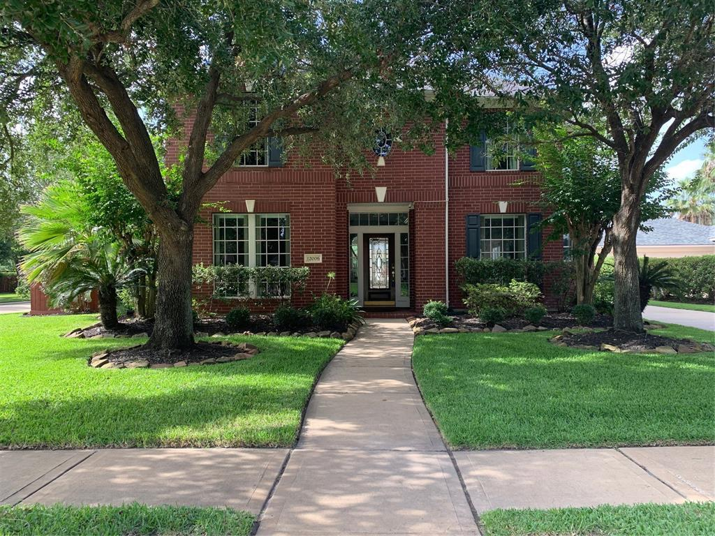 Active | 12006 Concho Bay Court Houston, TX 77041 3