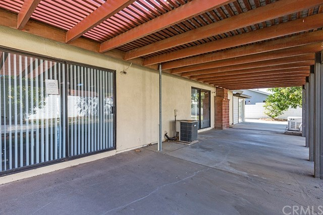 Closed | 490 E Walnut  Avenue Rialto, CA 92376 13