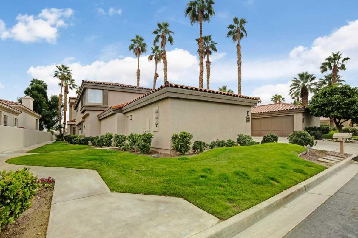 Active | 55290 Laurel Valley La Quinta, CA 92253 0