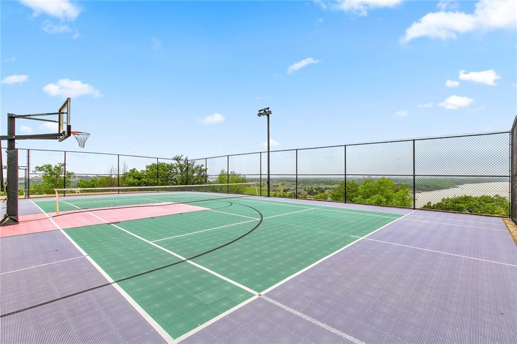 Active | 2016 Tree Top Court  Other, TX 76049 13