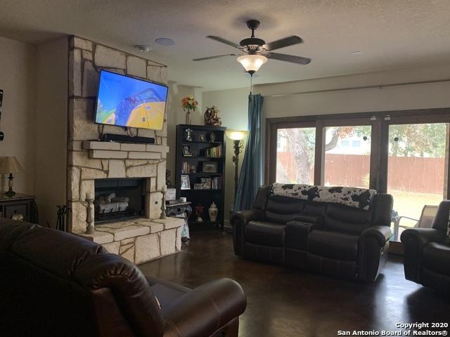 Property for Rent | 1510 NIGHTSHADE  San Antonio, TX 78260 4