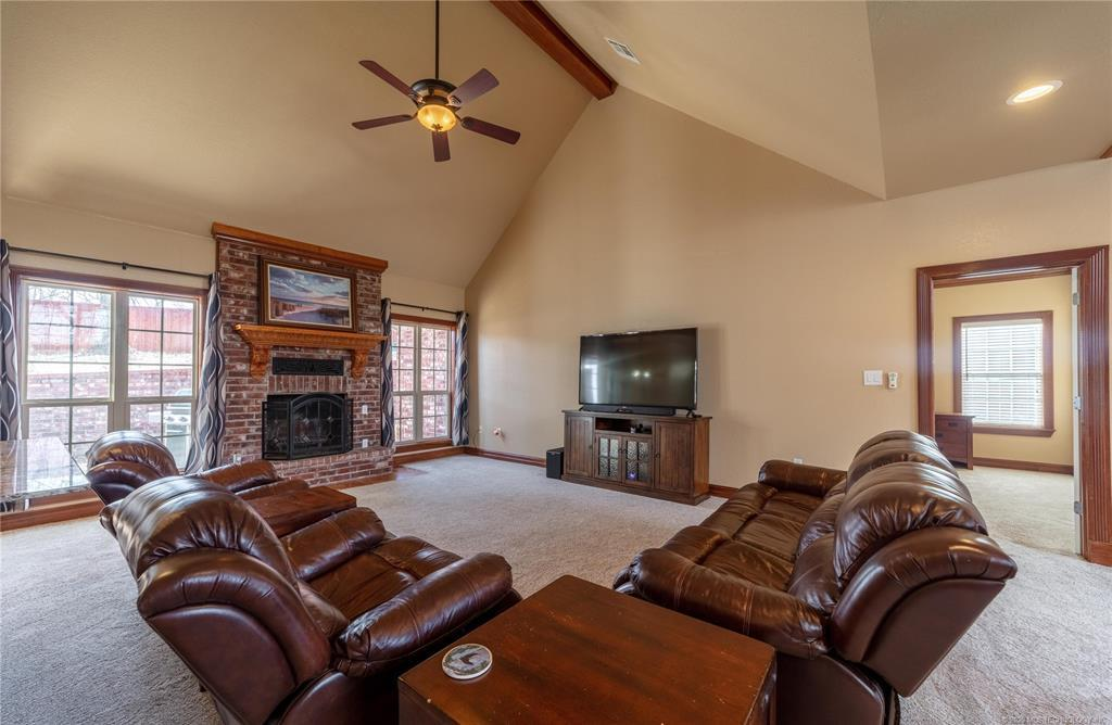 Off Market | 2012 Whipporwill Circle McAlester, OK 74501 6