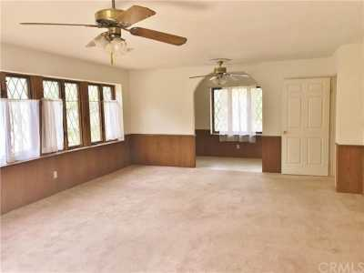 Active Under Contract   23306 N Flume Canyon Drive Wrightwood, CA 92397 26