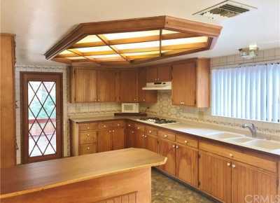 Active Under Contract   23306 N Flume Canyon Drive Wrightwood, CA 92397 35