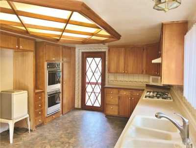 Active Under Contract   23306 N Flume Canyon Drive Wrightwood, CA 92397 36