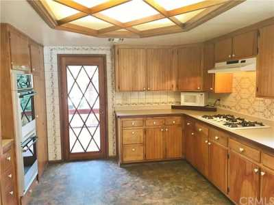 Active Under Contract   23306 N Flume Canyon Drive Wrightwood, CA 92397 37