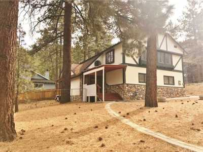 Active Under Contract   23306 N Flume Canyon Drive Wrightwood, CA 92397 56