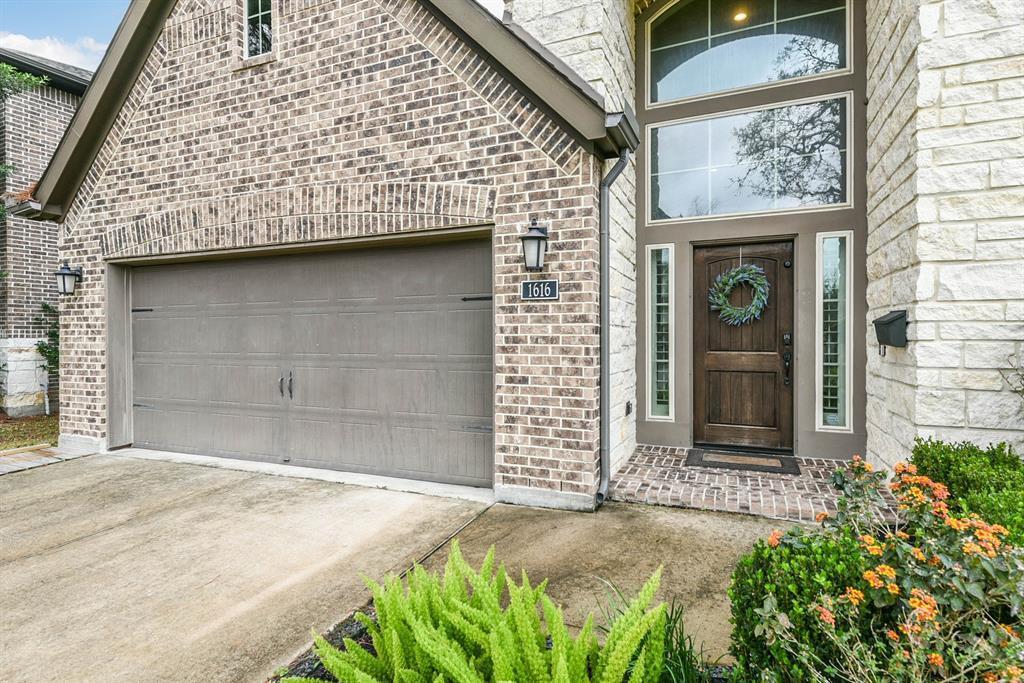 Active   1616 Hewitt  Drive Houston, TX 77018 23