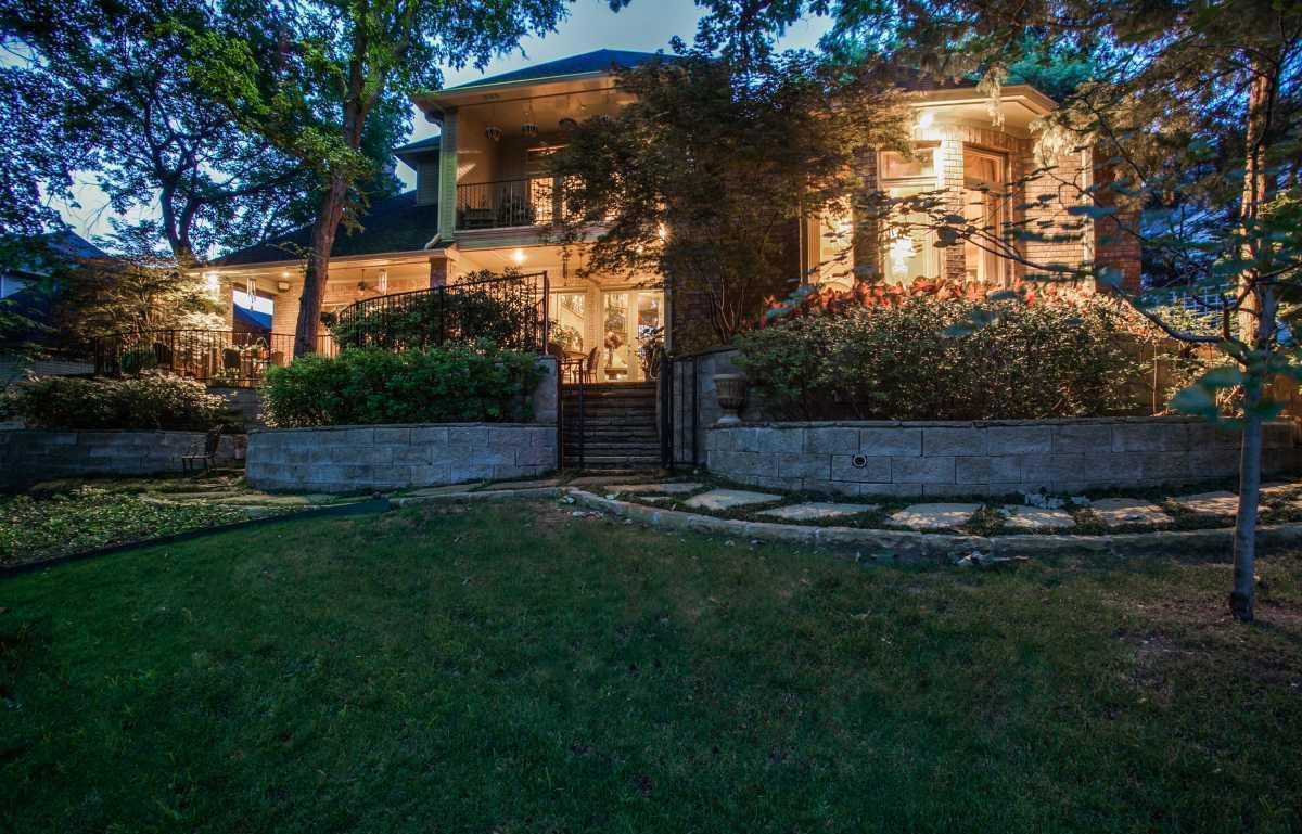 Sold Property | 25 Downs Lake Circle Dallas, TX 75230 27
