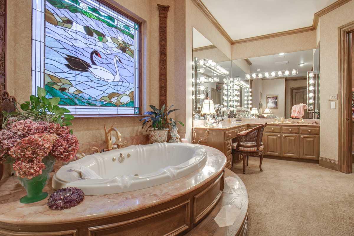 Sold Property | 25 Downs Lake Circle Dallas, TX 75230 31