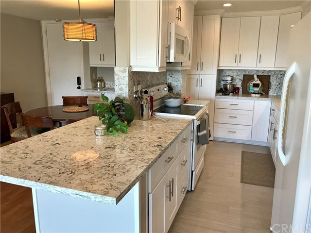 Property for Rent | 6542 Ocean Crest Drive #D308 Rancho Palos Verdes, CA 90275 9