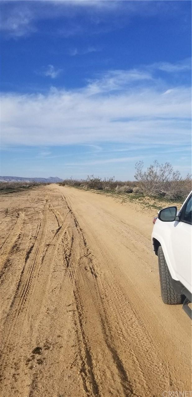 Closed | 0 20th Street West Mojave, CA 93501 2