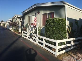 Pending | 23701 S Western Avenue #10 Torrance, CA 90501 3
