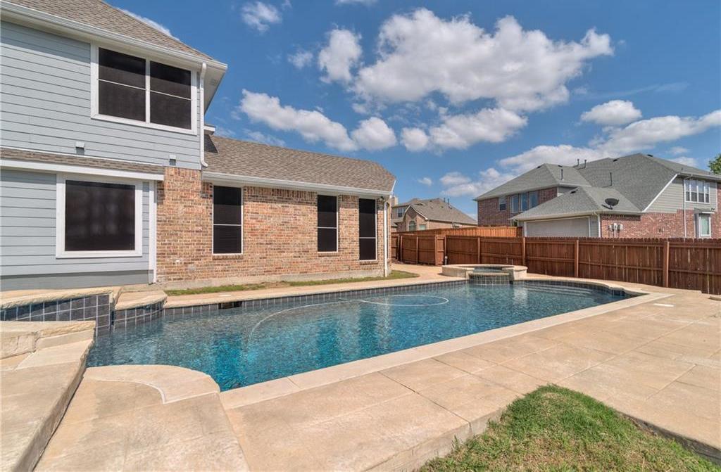 Sold Property   3800 Hollander Way Plano, Texas 75074 8