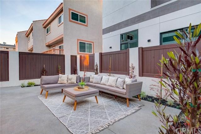 Closed   206 N Juanita Avenue Redondo Beach, CA 90277 34