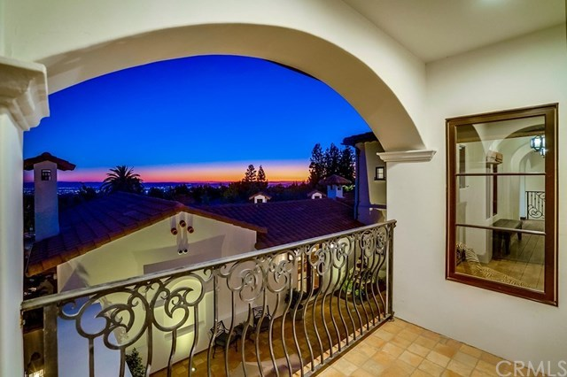 Closed | 2527 Mesa Terrace Upland, CA 91784 45