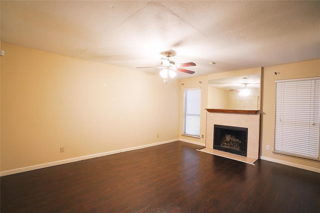 Pending   3901 Woodchase Drive #55 Houston, TX 77042 16