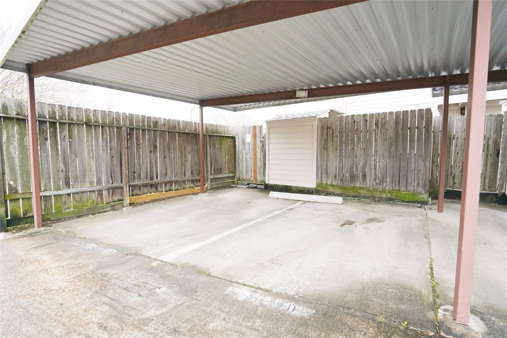 Pending   3901 Woodchase Drive #55 Houston, TX 77042 3