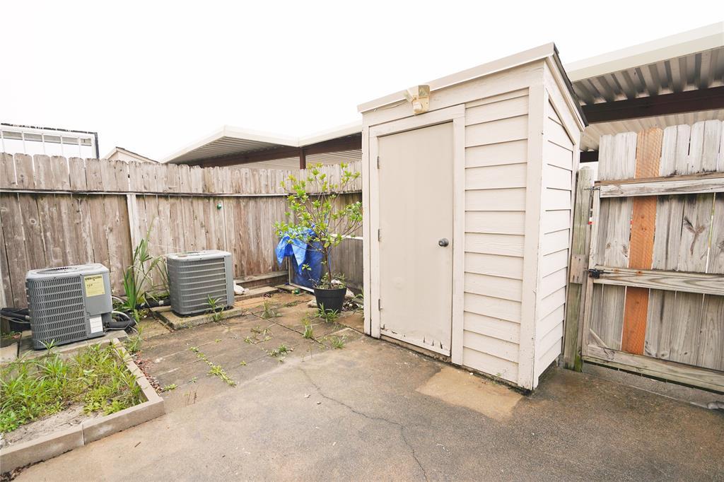 Pending   3901 Woodchase Drive #55 Houston, TX 77042 5