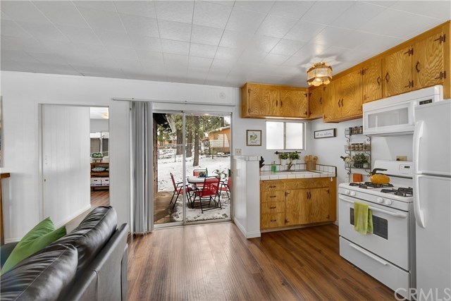 Closed   1669 Linnet Road Wrightwood, CA 92397 6