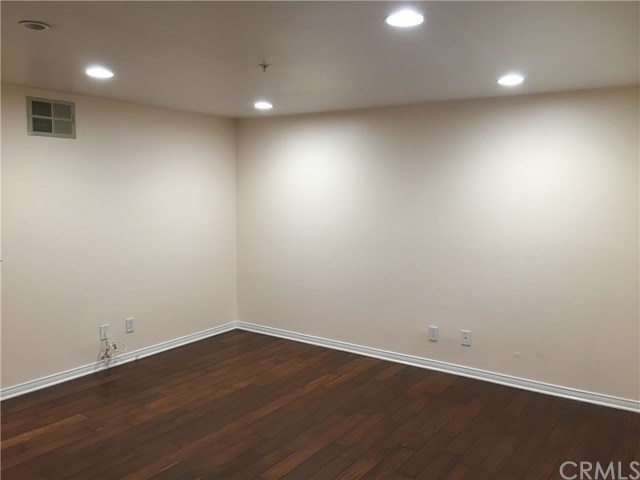 Property for Rent | 16700 Yukon Avenue #109 Torrance, CA 90504 5