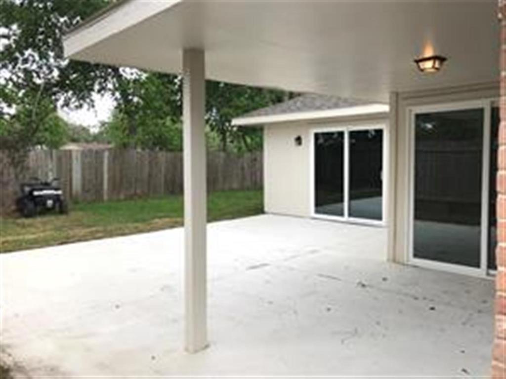 Pending   12266 Huntington Venture  Drive Houston, TX 77099 6