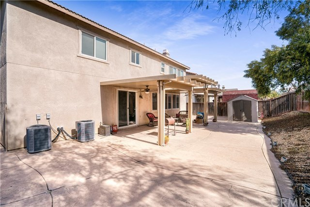 Closed | 1327 Estancia Street Beaumont, CA 92223 22