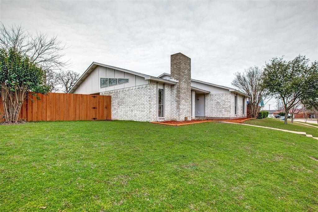 Sold Property | 7622 Christie Lane Dallas, TX 75249 21