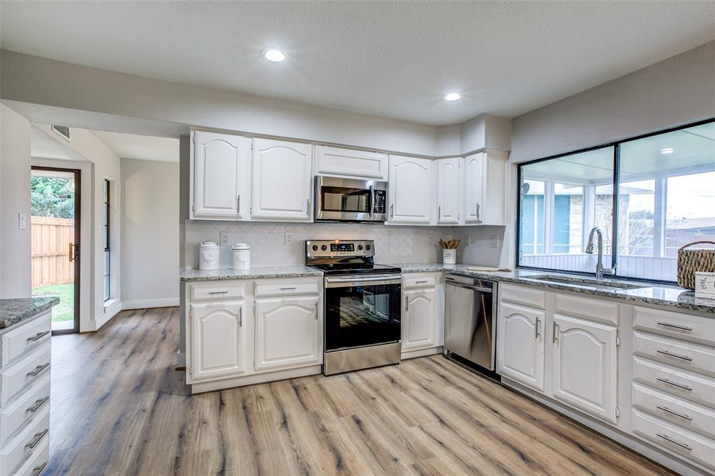 Sold Property | 7622 Christie Lane Dallas, TX 75249 9