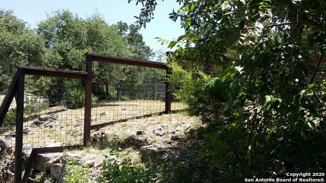 Property for Rent | 19313 Sherwood Trail  Helotes, TX 78023 18