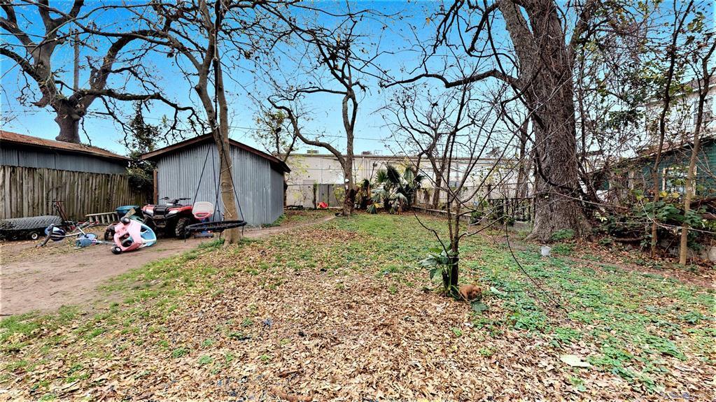 Active | 1514 W 21st  Street Houston, TX 77008 8