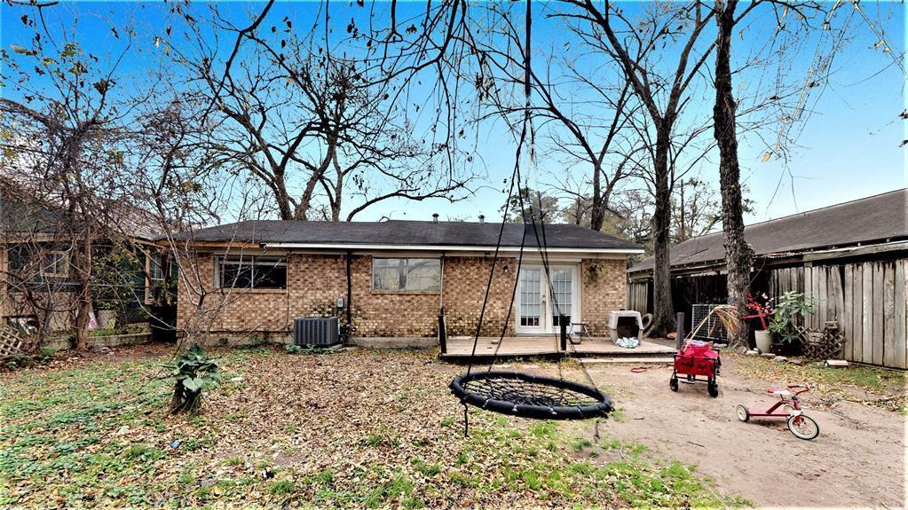Active | 1514 W 21st  Street Houston, TX 77008 9