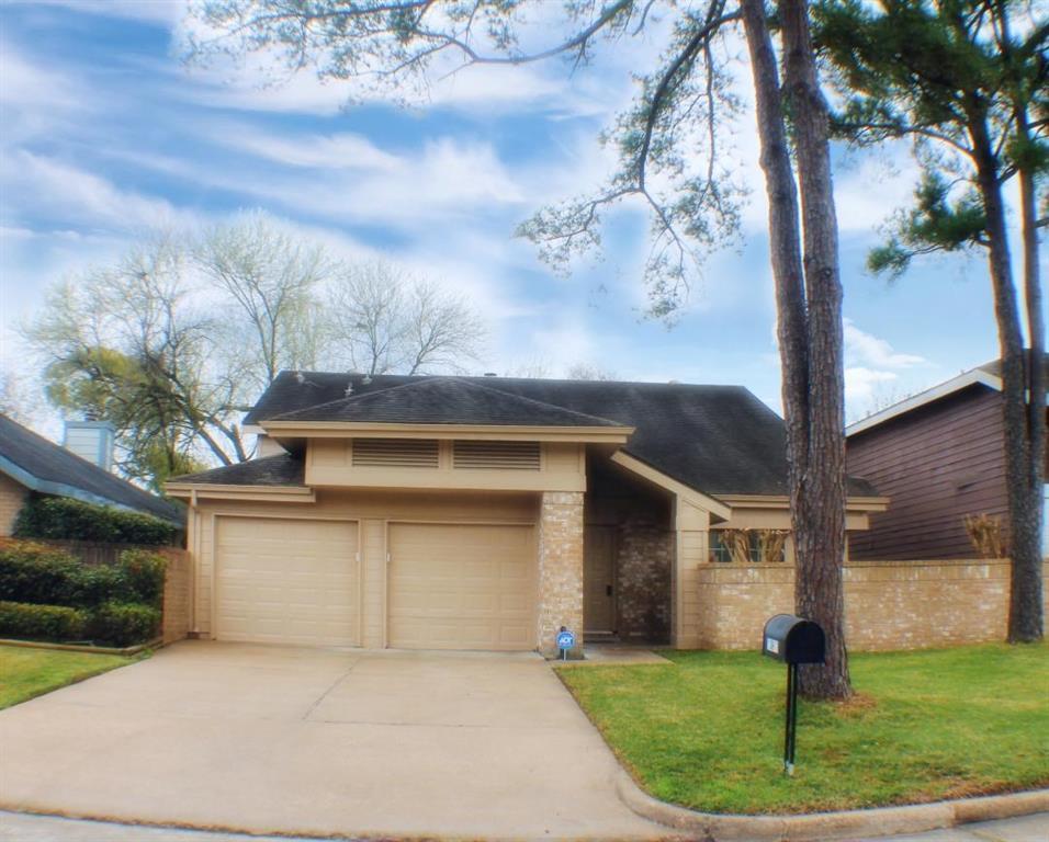 Off Market | 13611 Braeswest Drive Houston, TX 77082 1