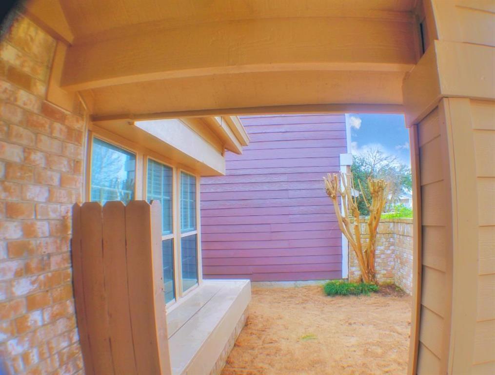 Off Market | 13611 Braeswest Drive Houston, TX 77082 4