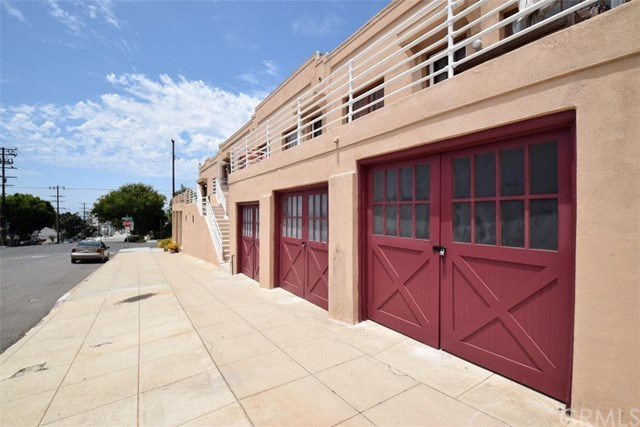 Closed | 601 Garnet  Street Redondo Beach, CA 90277 2