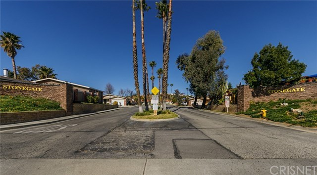 Closed | 31830 Sapphire Lane Castaic, CA 91384 49