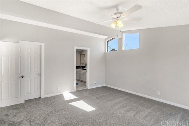 Closed | 31830 Sapphire Lane Castaic, CA 91384 18