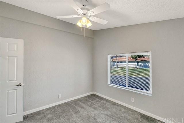 Closed | 31830 Sapphire Lane Castaic, CA 91384 25
