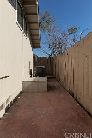 Closed | 31830 Sapphire Lane Castaic, CA 91384 40