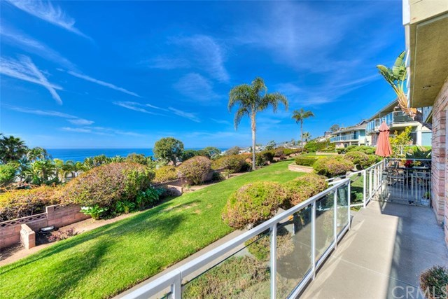 Closed | 30502 Coast  Highway #C2 Laguna Beach, CA 92651 4
