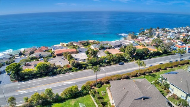 Closed | 30502 Coast  Highway #C2 Laguna Beach, CA 92651 34